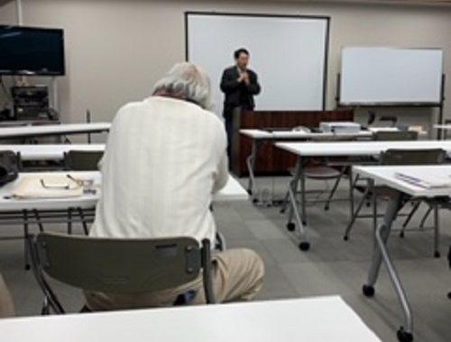 第5回を迎える大口町町史編さん講座にお邪魔させていただきました。今回のテーマは「地名のいわれ」についてです。小口の地名は930年代より記録に残されているみたいです。大変勉強になりました。
